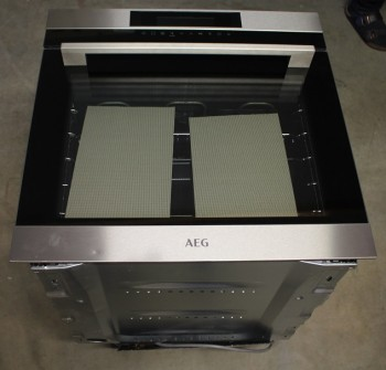 B-Ware AEG Einbaubackofen SenseCook BCK642020M