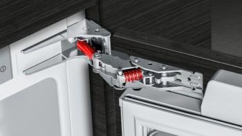 Siemens Einbau-Kühlschrank mit Gefrierfach und Butterdose MK088KLD5N:KI22LADD0 + KSGGZM00