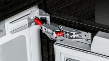 Siemens Einbau-Kühlschrank mit Butterdose MK088KRD5N: KI21RADD0 + KSGGZM00
