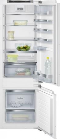 Siemens Kühl-Gefrier-Kombination Flachscharnier-Technik, softEinzug mit Türdämpfung KI87SAD40 EEK: A+++
