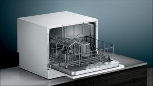 Siemens Freistehender Kompakt- Geschirrspüler 55cm weiß SK26E222EU